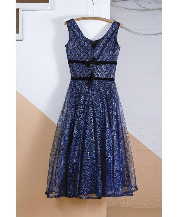 Robe ligne A dentelle bleu metallique