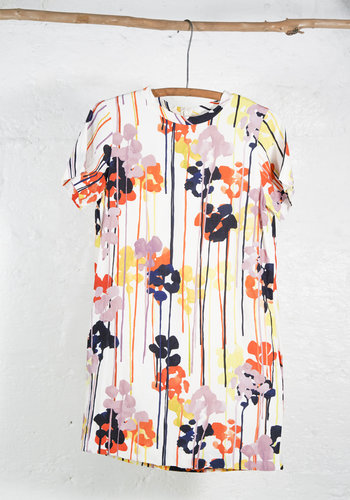 Short sleeves dress with paint drip print