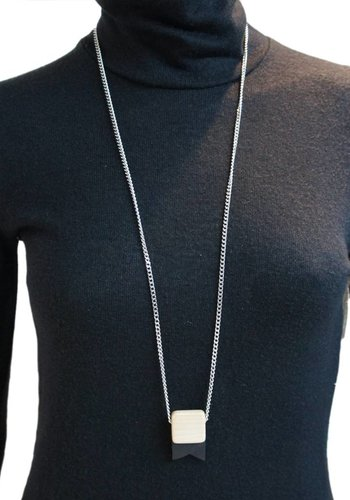 Mini Pendant Necklace