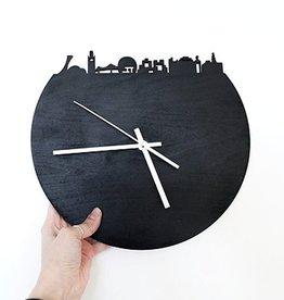 Alice in Montréal Montreal Skyline Chalkboard Clock