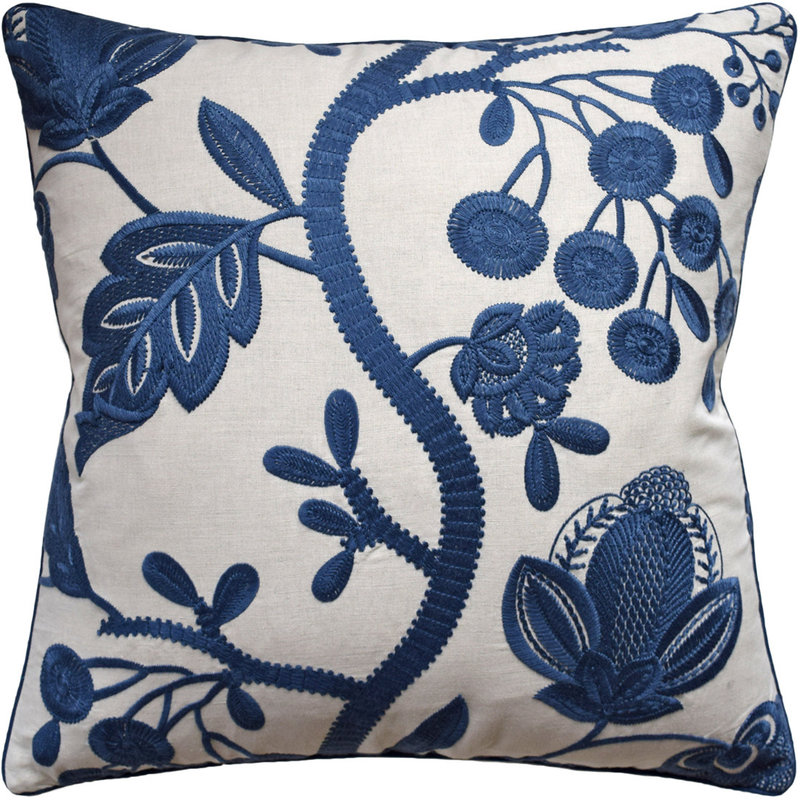 MH Alladale Embroidery - Piped - Blue - 22x22