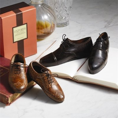 Paperweight - Oxford Wingtip Shoe - Dark Brown