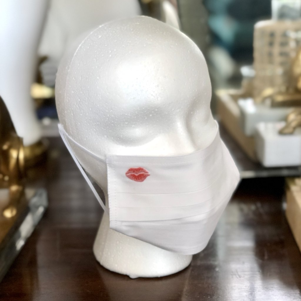 Face Mask - Kiss Lips - White Cotton