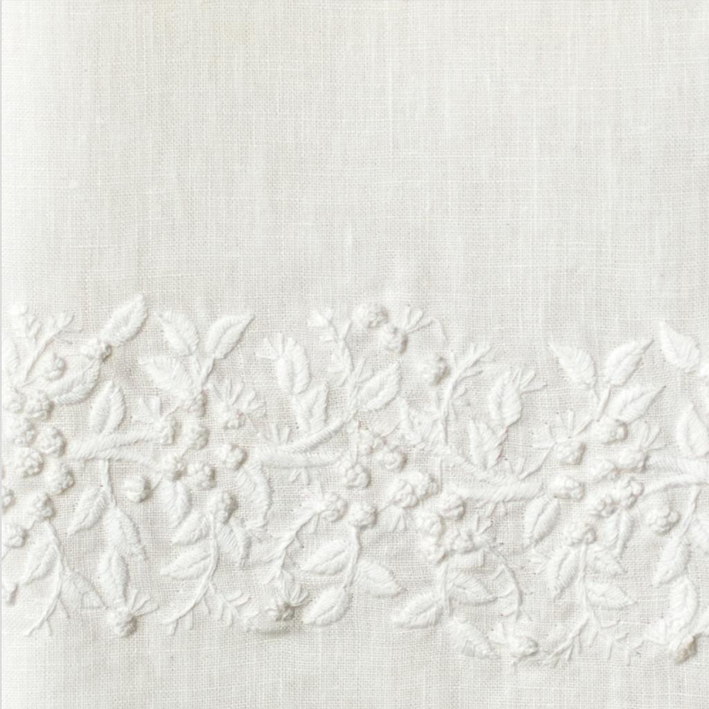 MH Hand Towel - Jardin - White on  White - Linen