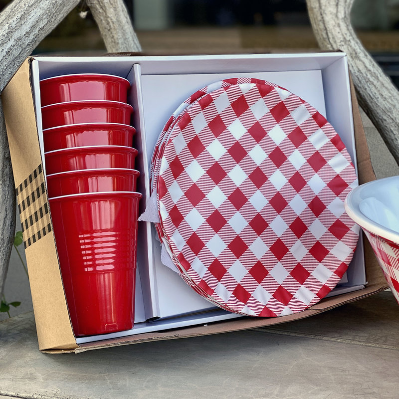 MH Picnic Set - Plates, Cups, Napkins -
