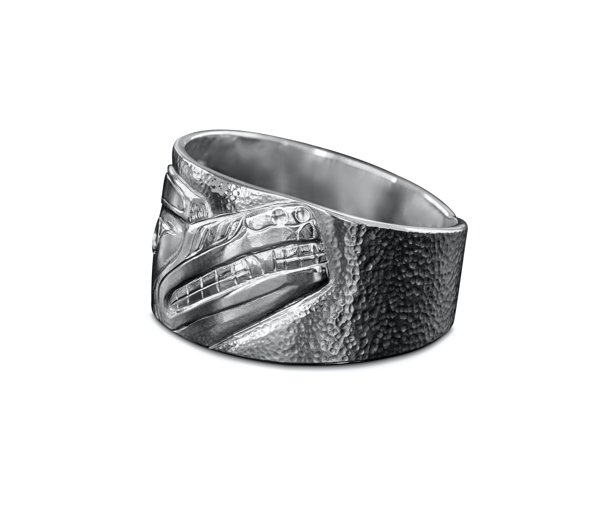 Silver Repouse Wolf Ring s 13