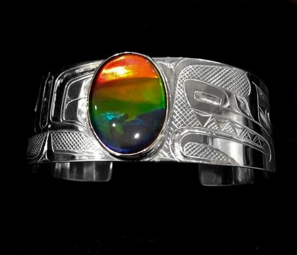 """Silver and AAA Ammolite 1"""" Tsimshian Wolf Bracelet"""
