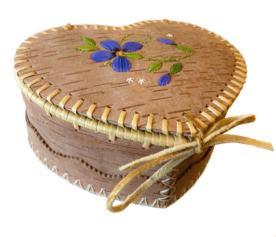 "Large Heart Shaped Birchbark Basket - 4"" x 9"""