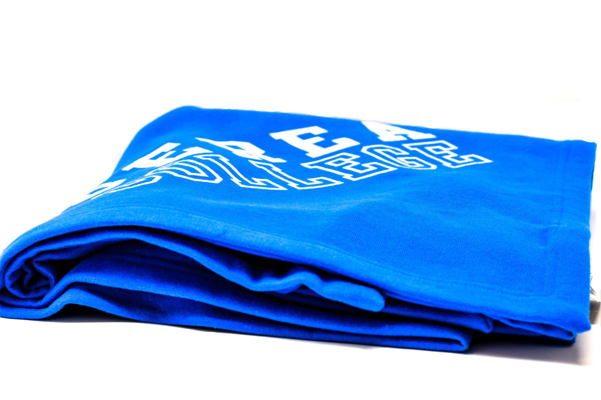 Blue Berea College Fleece Blanket-3