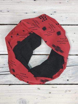 Sarah Bibb Single Loop Infinity Scarf - Red Nav/Blk Woolie