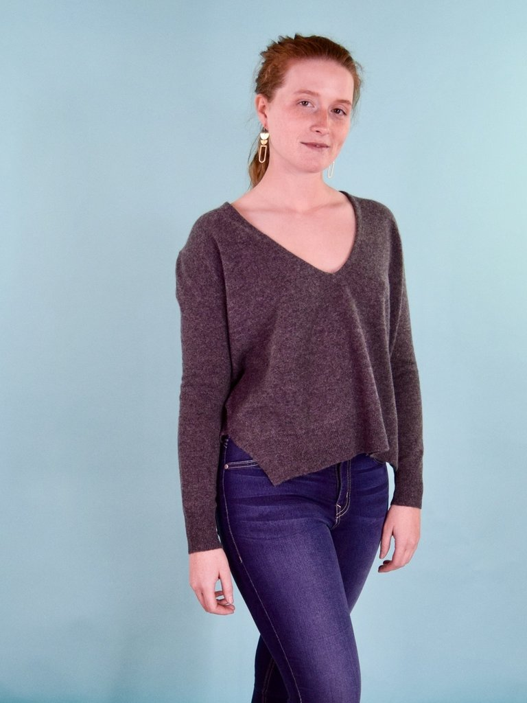 Oats Lapi Cashmere Sweater - Charcoal