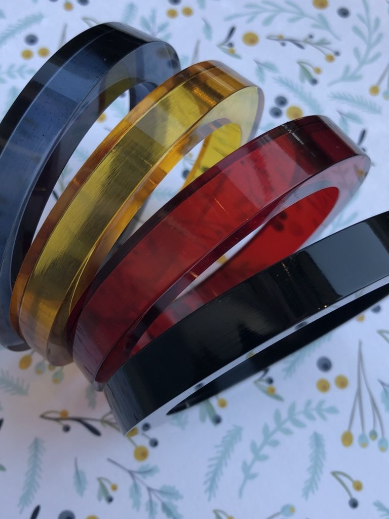 Ink & Alloy Round Lucite Bangle - Multi