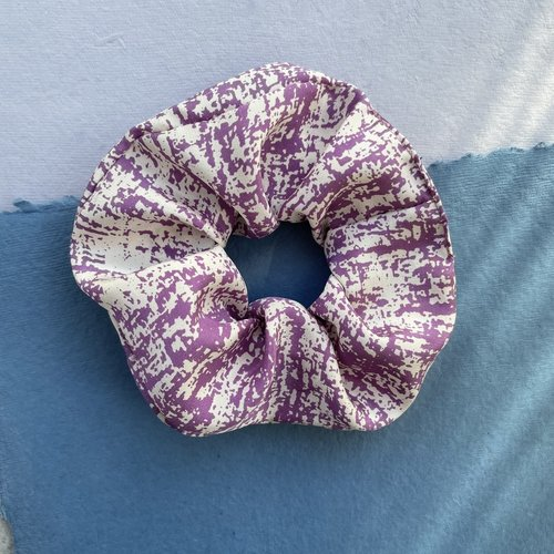 Sarah Bibb Scrunchie - Lilac Hatch