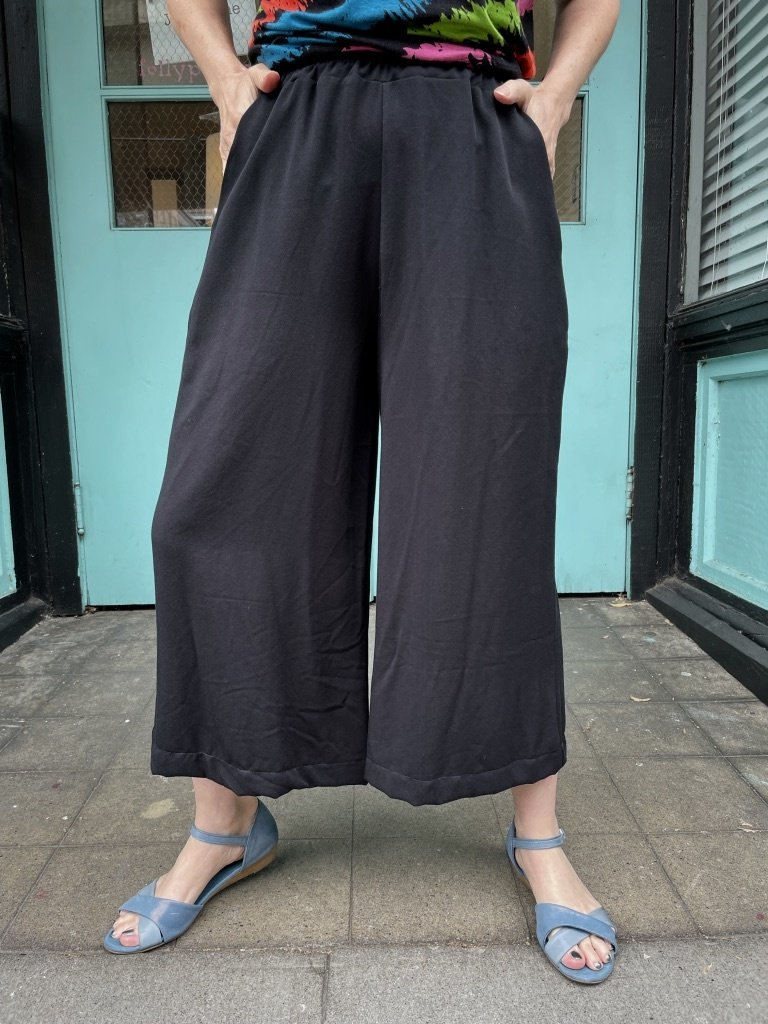 Sarah Bibb Gemma Cropped Palazzo Pants- Black
