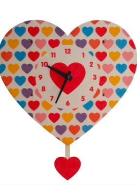 Modern Moose Heart Pendulum Clock 043
