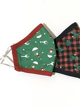 Face Mask AE Holiday Face Mask Plaid/Parachute Santa CHILD