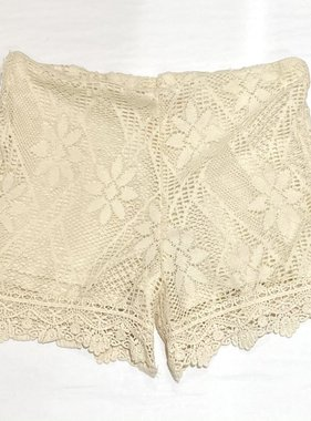 Tru Luv T3301 Lace Scallop Shorts, Ivory