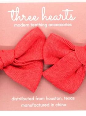 Three Hearts Enzliegh Clip/Bow Set - Coral