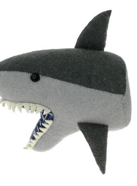 Fiona Walker PRE ORDER 867002 Semi Shark Head