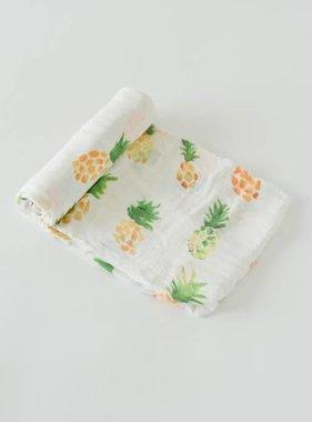Little Unicorn Deluxe Swaddle Single - Pineapple UB0510