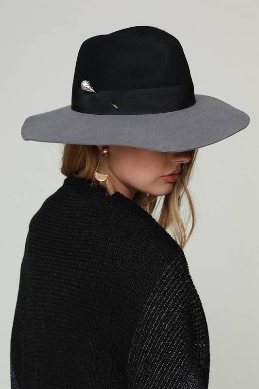 Two Tone Hat Black/Grey