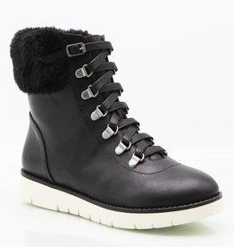 Mikayla Boot