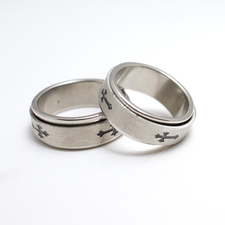 Stainless Steel Cross Spinner Ring