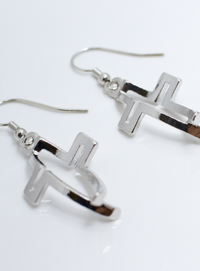 "1"" Crossfish Earrings"