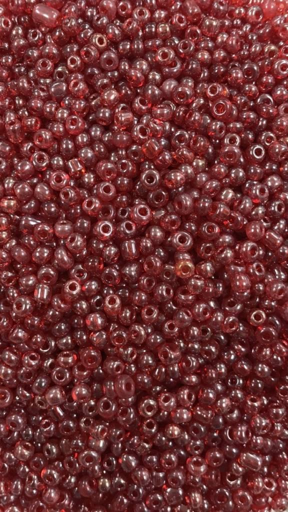 Retreat Seed Bead 4mm