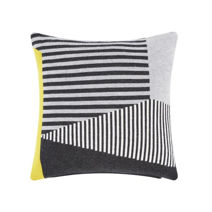 Line Cushion