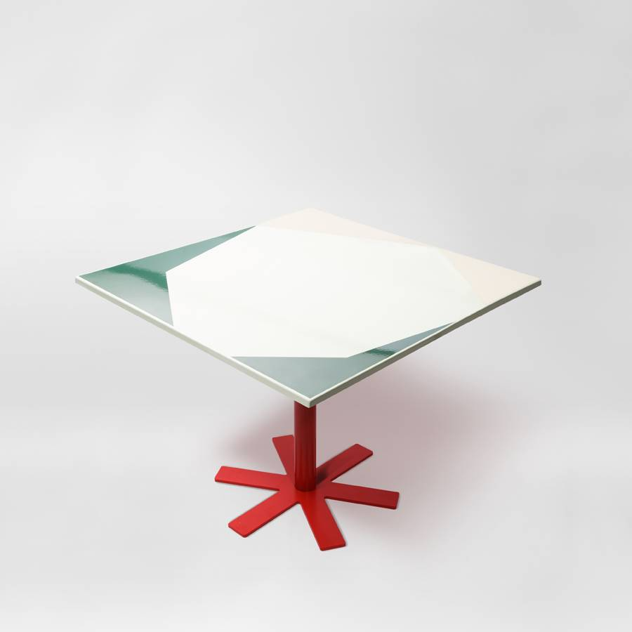 Parrot Table