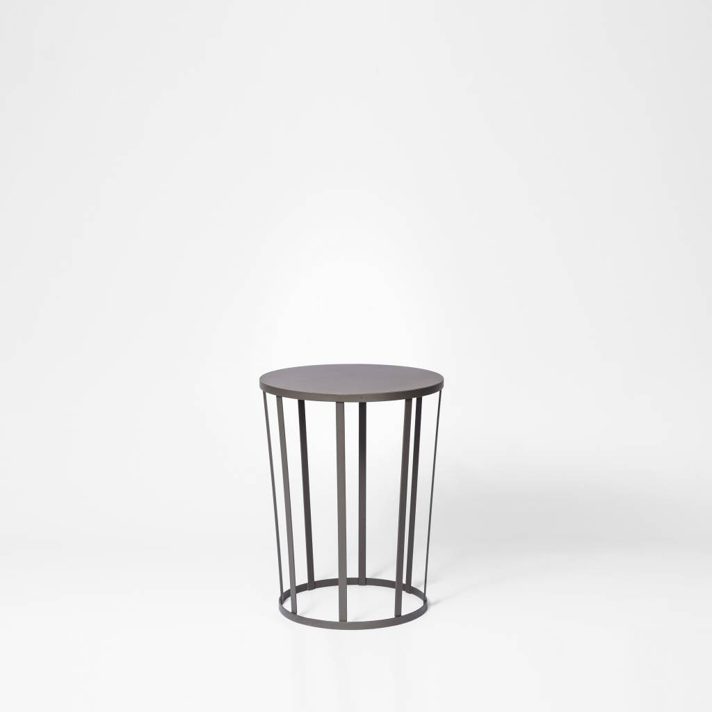Hollo Side Table