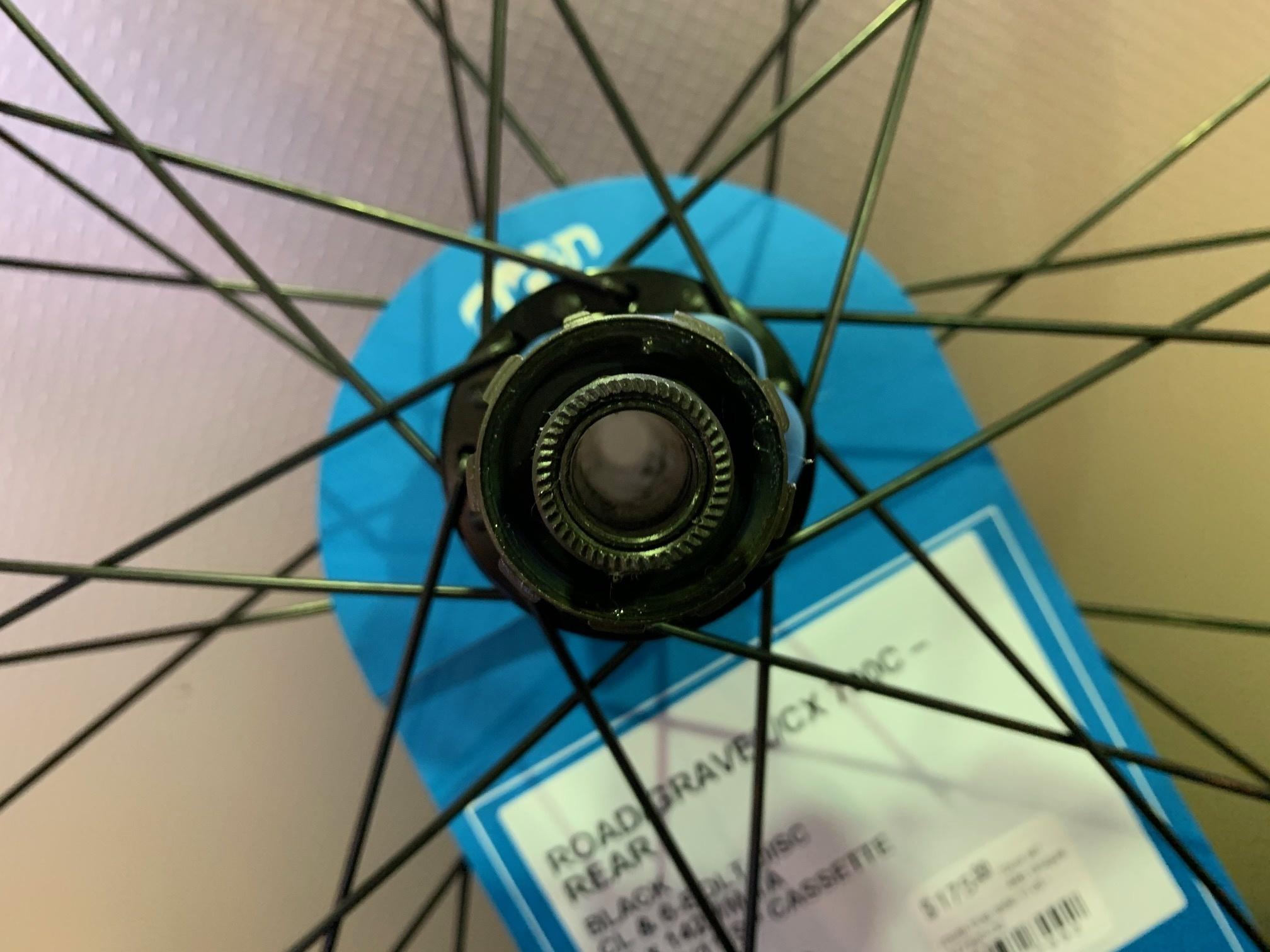 roue arr 49n disque route true axle 11vit