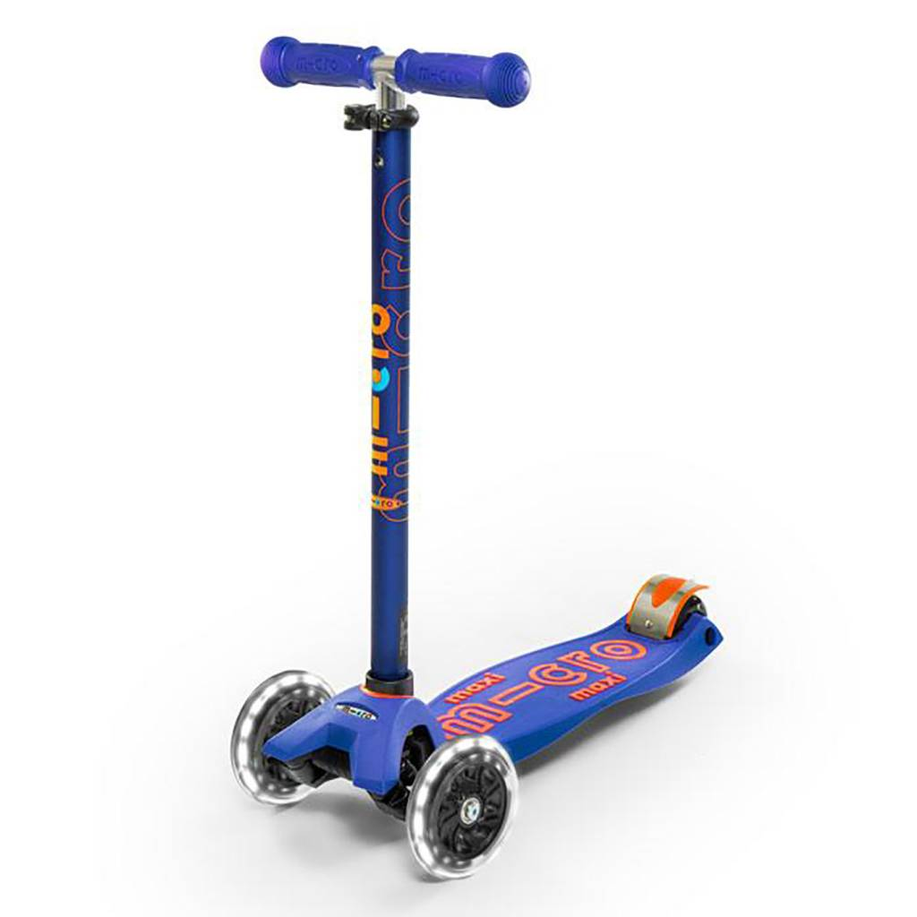 Micro Kickboard Maxi Deluxe Scooter LED
