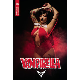 Dynamite VAMPIRELLA #6 CVR E COSPLAY