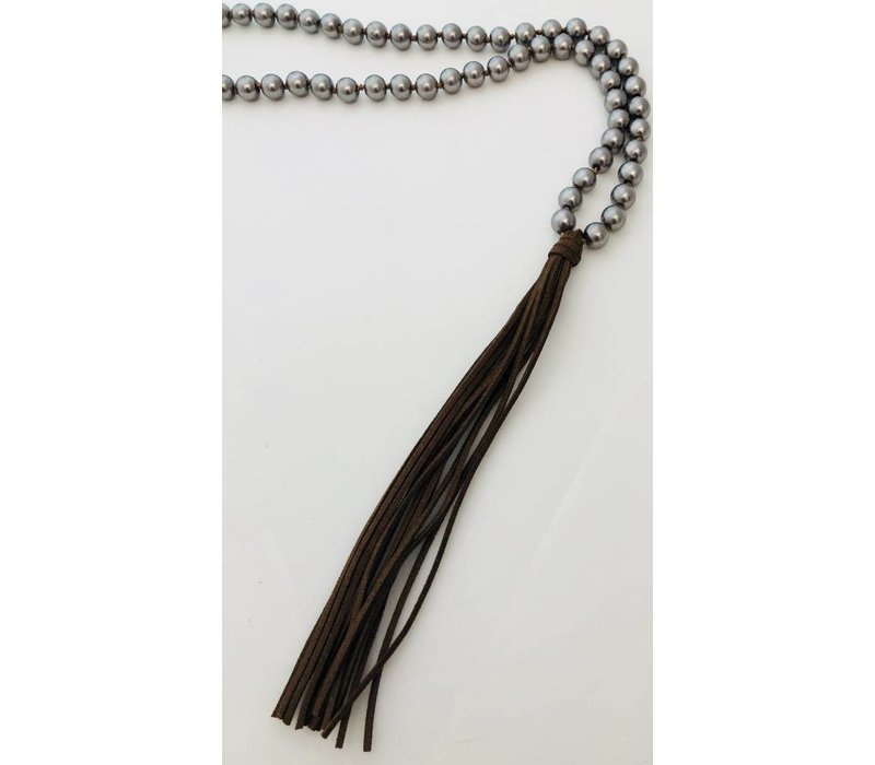 """Long """"pearl"""" necklace with leather tassel"""