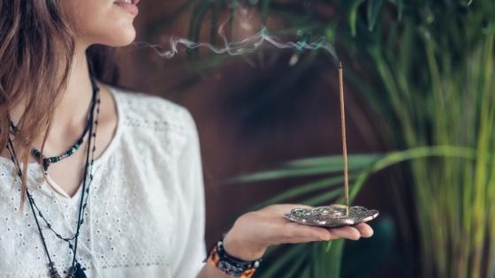 Comment utiliser l'encens selon nos besoins du moment
