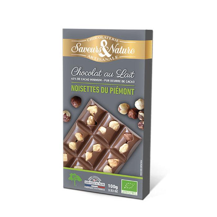 Barre chocolat lait 40% cacao et noisettes entieres
