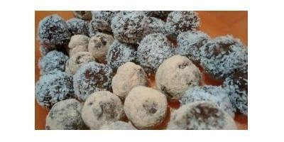 Boules d'énergie chocolatées aux superaliments: bienfaits et recettes