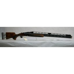"UG-12353 USED Canuck Trap 32"" Barrels w/ Adjustable Rib, Comb, and Recoil Pad in Original Case w/ 5 Choke Tubes"