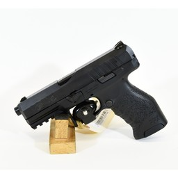 UHG-6478 USED Walther PPX .9mm Range Kit w/ 3 Magazines, Magazine Holster, Firearm Holster, and Original Case (Excellent Condition)