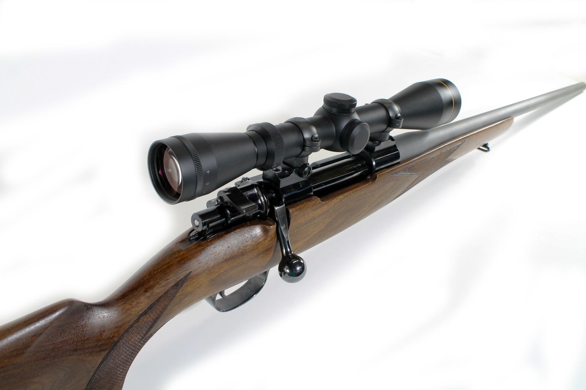 Mauser CG-0033 USED Mauser 98 Custom Rifle .30-06 Springfield w/ McLenan Barrel and Leupold VX-2 3-9x Scope