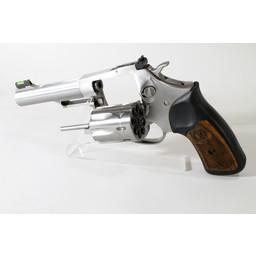 UHG-6736 USED Ruger SP101 Stainless .22LR 8-Shot Revolver