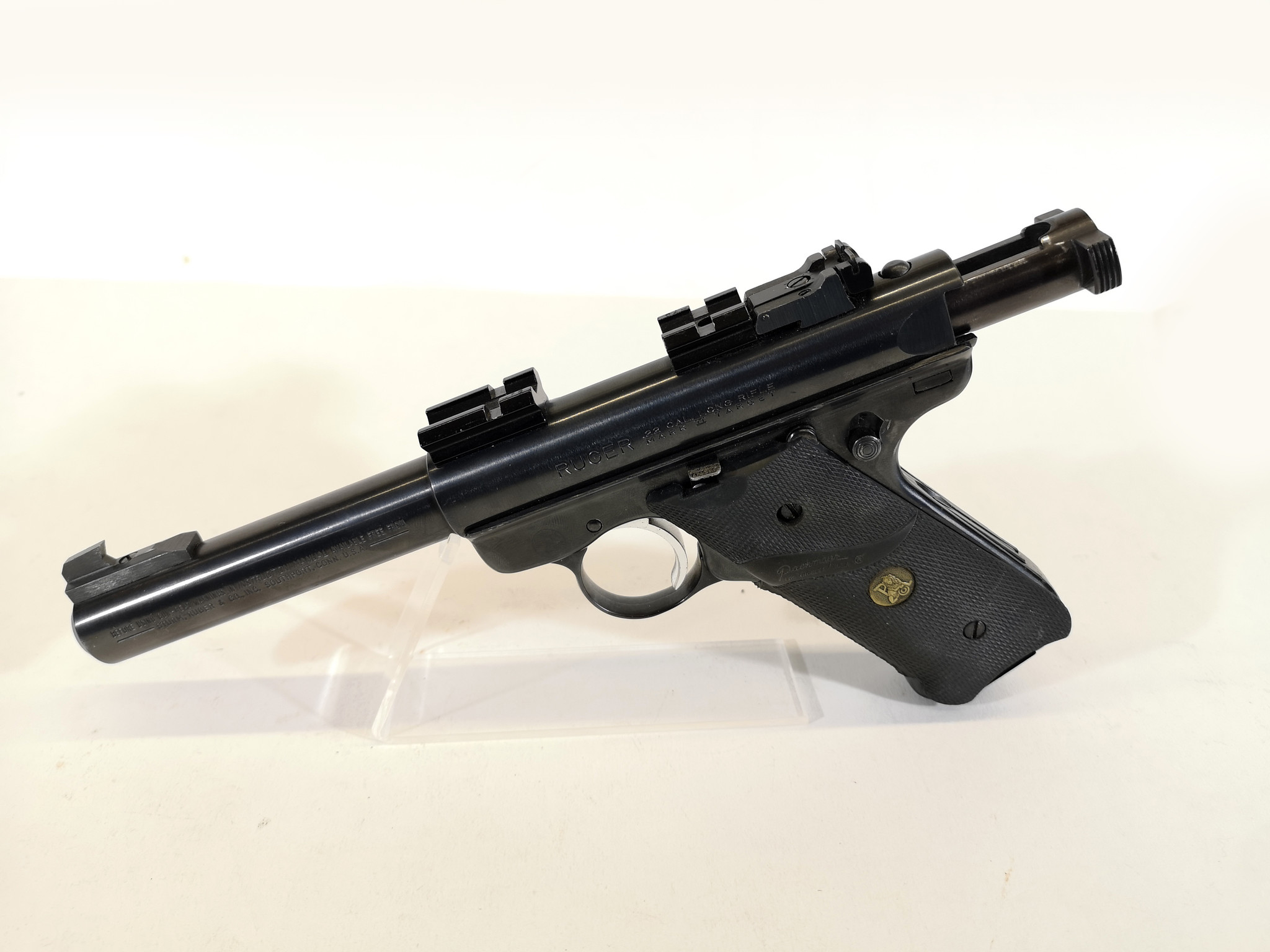 UHG-6476 USED Ruger MK-II .22LR 1 Magazine w/ Optic Base