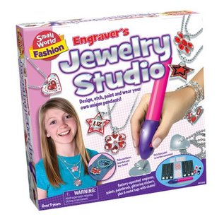 Small World Toys Engraver's Jewelry Studio