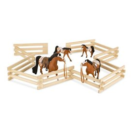 Melissa & Doug Wood Horse Corral Foldable Fence