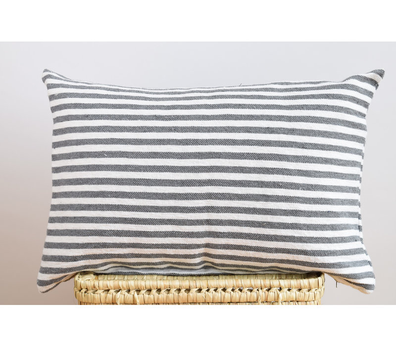 Coussin rect rayure grise