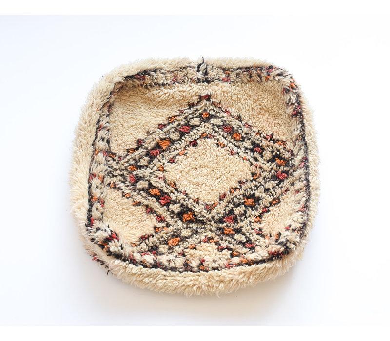 Vintage rug Pouf