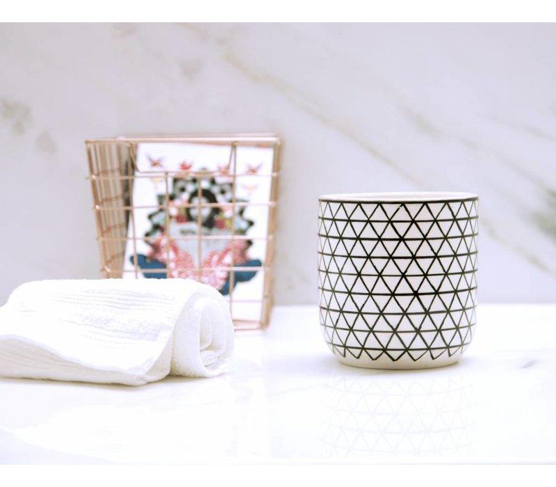 Handmade Diamond Pot