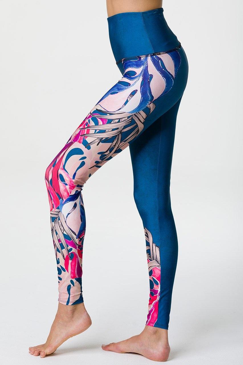 ONZIE High Rise Graphic Legging
